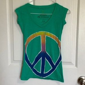 National Geographic green rainbow peace sign tee